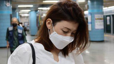 Bild von 1 von 3 Frauen mit COVID-Lungenentzündung, bei denen das Risiko einer Lungenschädigung besteht: Lancet |  Gesundheitsinfo